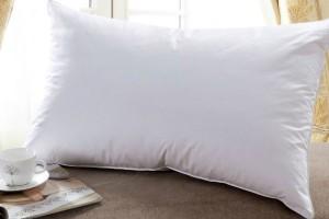 Как правильно ухаживать за подушкой из пуха?
