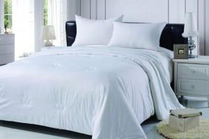 Семь основных причин купить одеяло из шелка