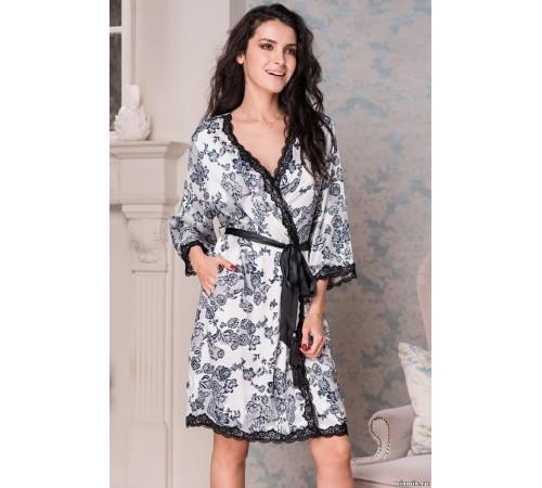 Укороченный халат выполнен из принтованного искусственного шелка Paulina (EMM 8163)
