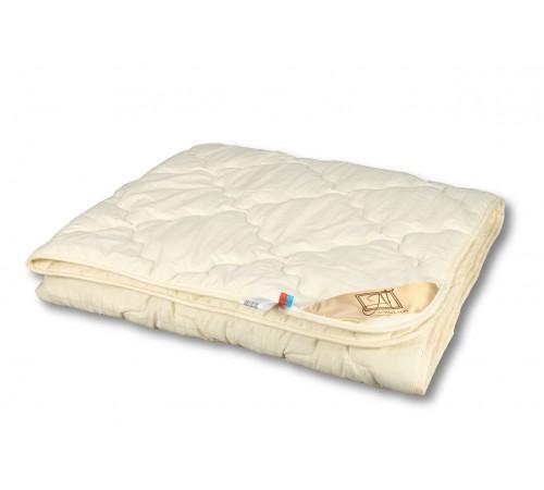 """Одеяло из овечьей шерсти """"Модерато"""" 172х205 всесезонное"""